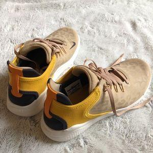 NWOB Nike Free RN 2018 Wild Running Shoe, 7.5